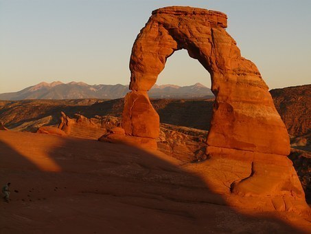 delicate-arch-4625__340.jpg